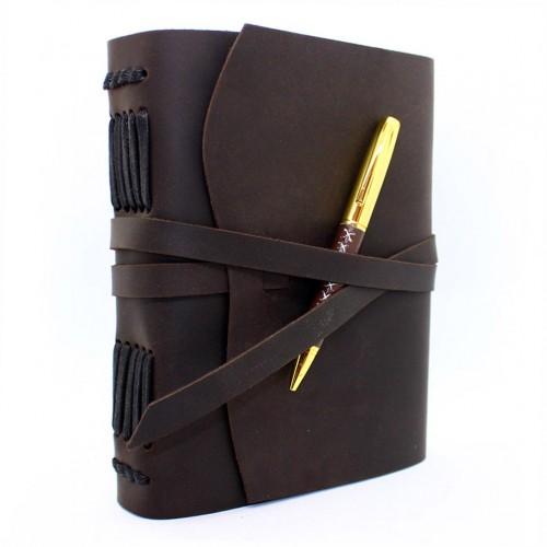 Кожаный блокнот формата A5 Comfy Strap Dark Brown с ручкой в коробочке-1