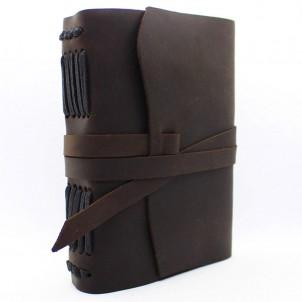 Кожаный блокнот формата A5 Comfy Strap Dark Brown в коробочке-1