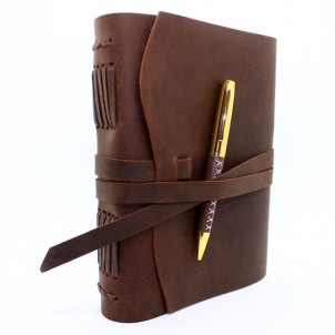 Кожаный блокнот формата A5 Comfy Strap Brown с ручкой-1
