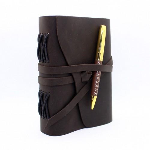 Кожаный блокнот формата B6 Comfy Strap Dark Brown с ручкой в коробке-1