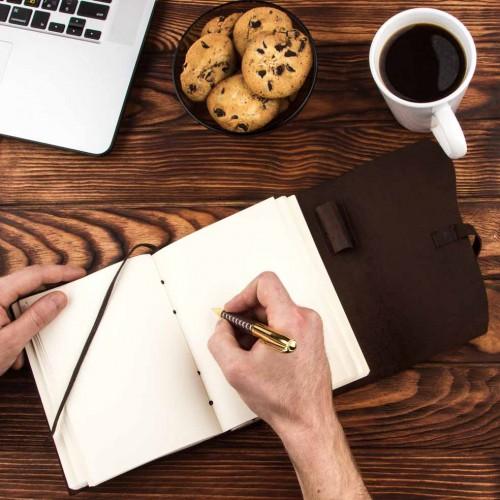 Кожаный блокнот-софтбук mini Comfy Strap Brown с ручкой-8