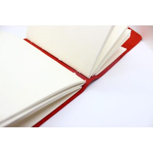 Кожаный блокнот формата A5 Comfy Strap Red в коробочке-3