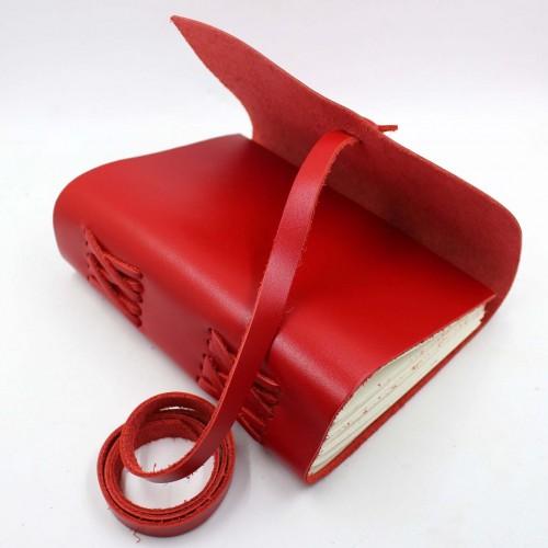 Кожаный блокнот формата A5 Comfy Strap Red в коробочке-6