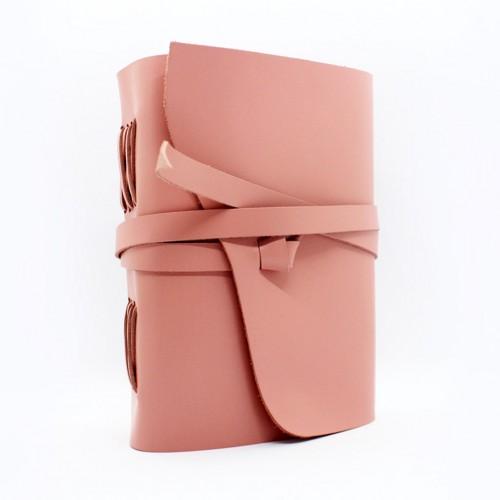 Кожаный блокнот-софтбук Comfy Strap Dolly-1