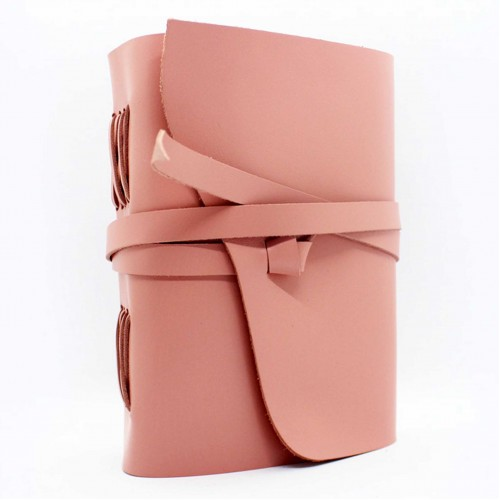 Кожаный блокнот формата A5 Comfy Strap Dolly в коробочке-1