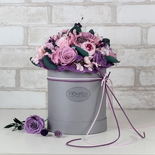 """Букет """"Аметист"""" - живые стабилизированные цветы в круглой коробке-1"""