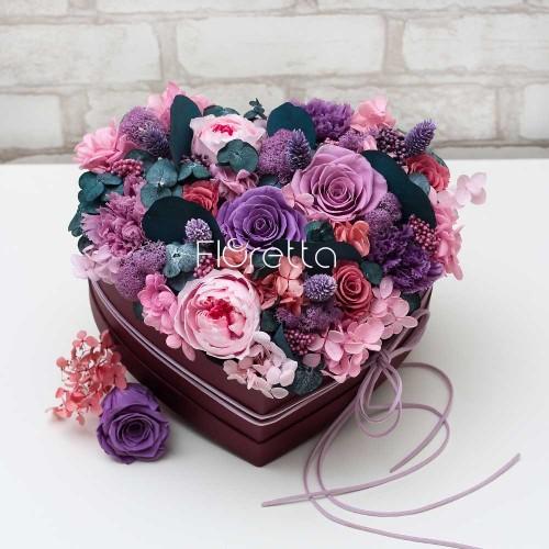 """Букет """"Вместо тысячи слов"""" - живые стабилизированные цветы в коробке-сердце-2"""