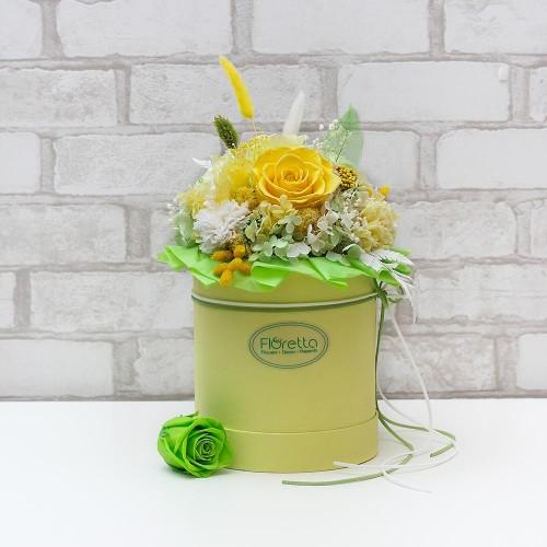 """Букет """"Под солнцем Тосканы"""" - живые стабилизированные цветы в круглой коробке-1"""