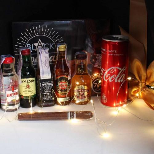 Набір подарунковий алкогольний з мініпляшечками, сигарою і шоколадом для чоловіків MegaBar ►Franklin-2
