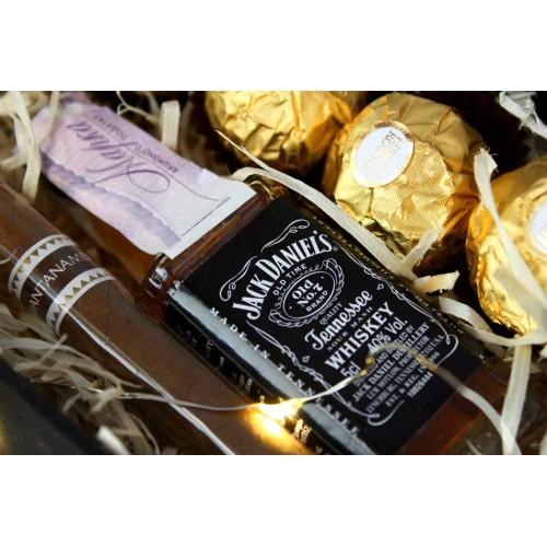 Подарочный набор для мужчин с минибутылочкой виски и сигарой Happy Moment ►Franklin-3