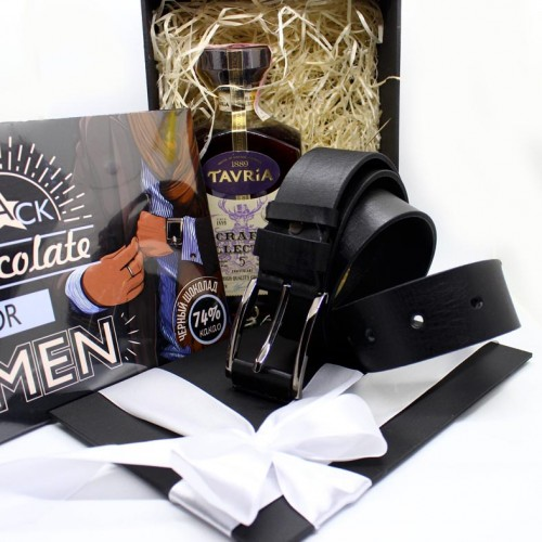 Подарочный набор для мужчин с коньяком, кожаным ремнем и шоколадом Macho ▶FRANKLIN-2