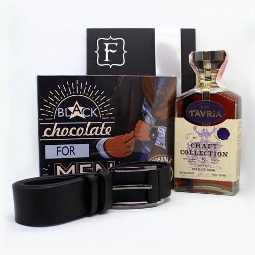 Подарочный набор для мужчин с коньяком, кожаным ремнем и шоколадом Macho ▶ FRANKLIN-1