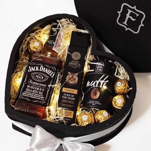 Подарочный набор для мужчин в виде сердца с алкоголем Black Heart ▶FRANKLIN -4