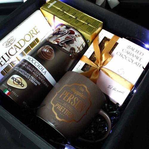 Вишуканий подарунковий бокс з чашкою, кавою та шоколадом Choco Boom ▶FRANKLIN -3