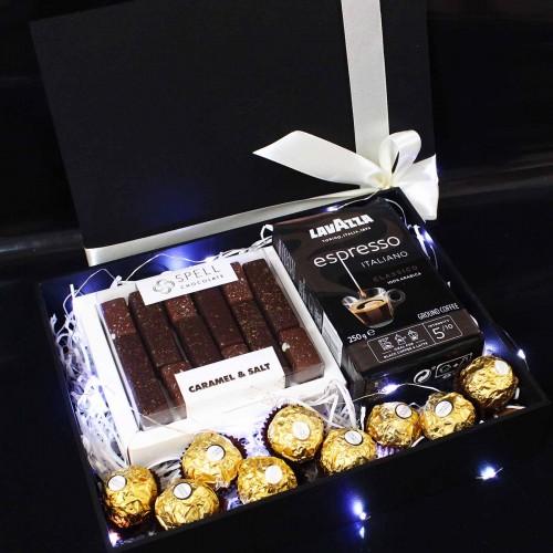 Подарунковий бокс вишуканих солодощів ►Lite