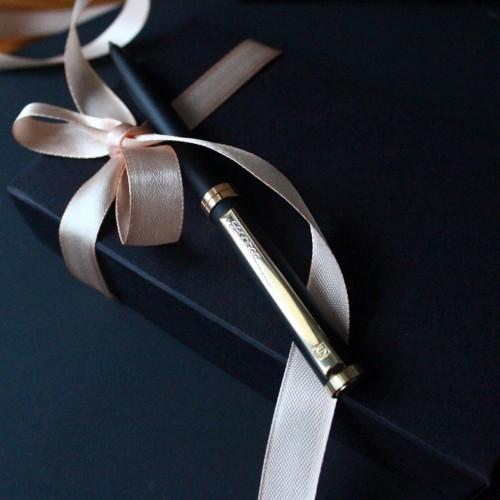 Деловой подарочный набор с металлической ручкой Senator ▶ FRANKLIN -2