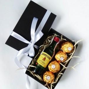Подарочный набор для мужчин с алкоголем Small Black Box ▶ Franklin-1