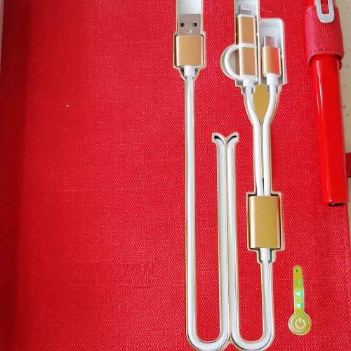 Ежедневник со встроенным PowerBank и системой беспроводной зарядки Red-7