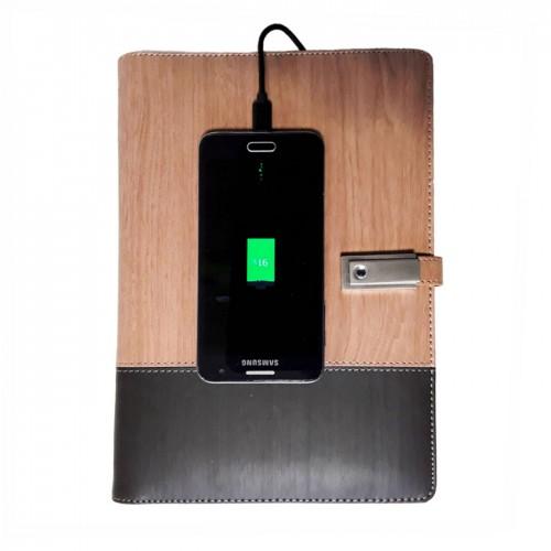 Ежедневник со встроенным PowerBank, USB-выходами и флешкой Combi-1